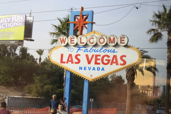 Welcome to Fabulous Las Vegas sign, 2013-12-17